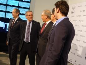 Zur offiziellen Eröffnung kommen auch Bürgermeister Trias und Ministerpräsident Mas