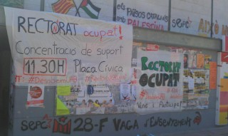 Besetzt das Rektorat! Treffpunkt 11.30H Plaça Cívica